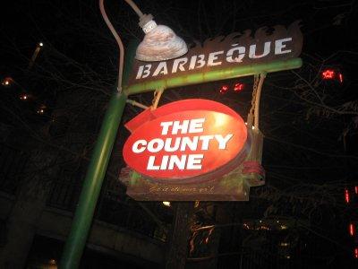 countylinesignnighttime