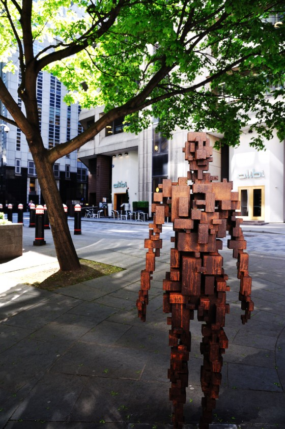 Wood block dude in chancery lane