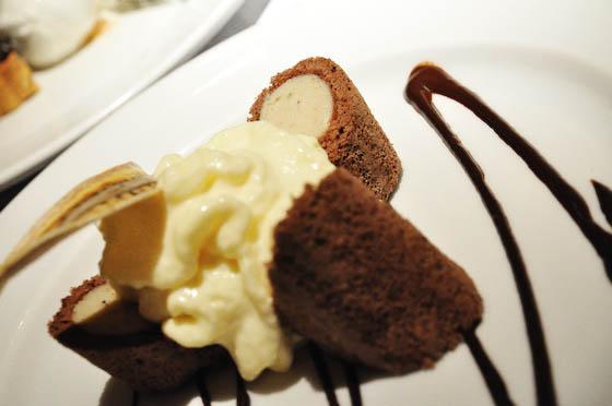 Banana Chocolate Swiss Roll