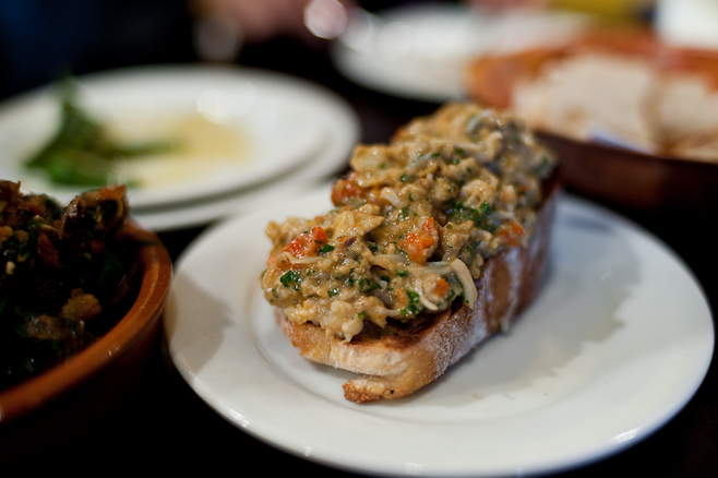 Barrica: Crabs on toast (special)